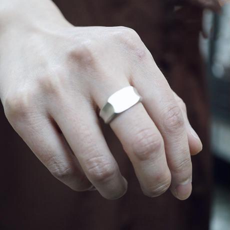signet ring 11