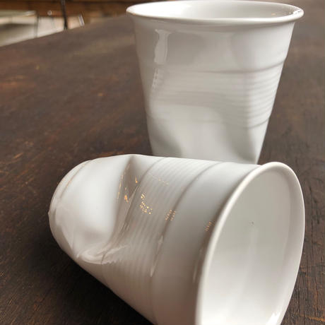 Crushed cup / Latte