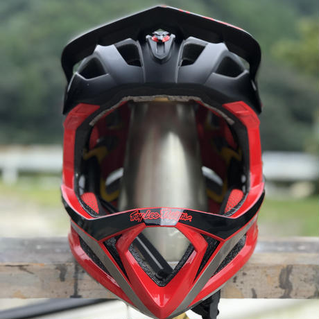Troy Lee Designs / STAGE MIPS / BLK-RED / MD-LG