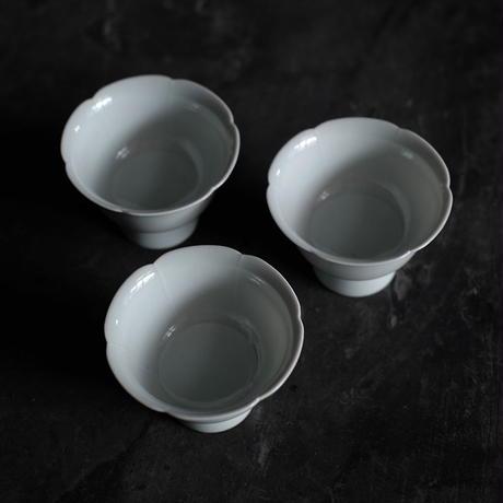 青白磁花口高足杯 PW019