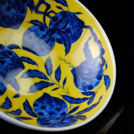 黄底染付卧足碗 壽桃 PC115