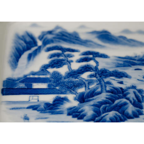 手描き染付方皿 山水 PC083