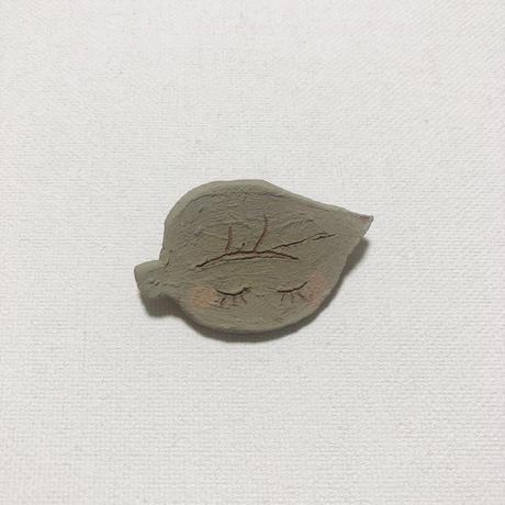 葉っぱちゃんのブローチ