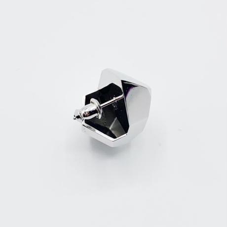 Crystal world pierce  01