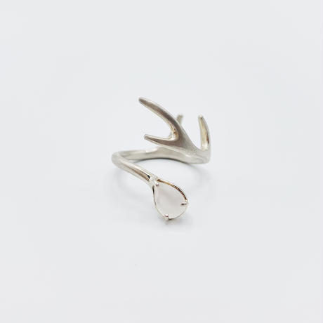 Deer ring R moonstone