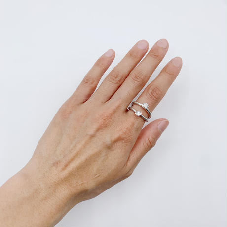 Branch ring 25 white topaz