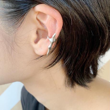Ice ear cuff 01