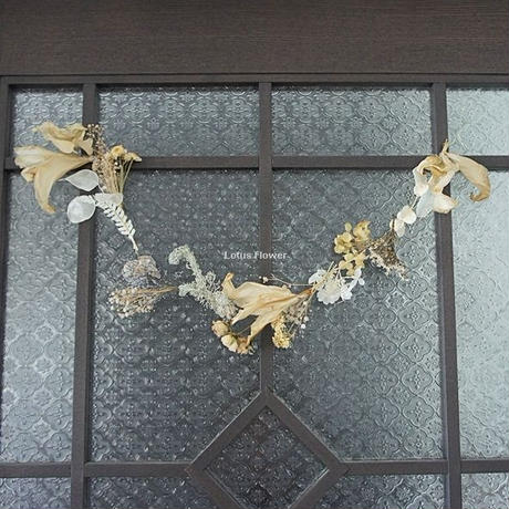 Antique White of Garland