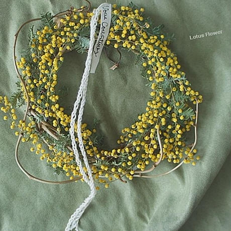 Mimosa and branch wreath B