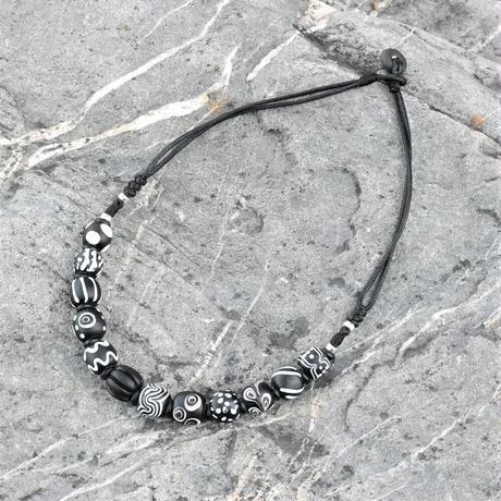 蜻蜓雅築珠芸工作室*パイワン族のモノトーンネックレス