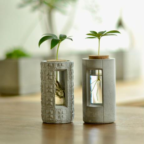 """PLUG - L20 - ""    ハイドロカルチャー・水栽培容器/花瓶/Cement Flower Vase"