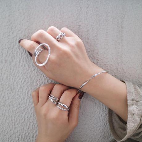 silver入荷【ゆうパケ対象】ねじりシンプルメタルバングル