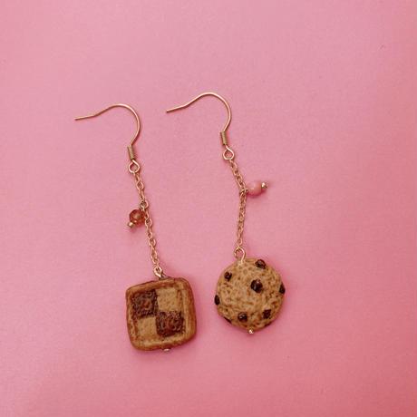 【ミッチのかけら】市松模様×チョコチップクッキーピアス