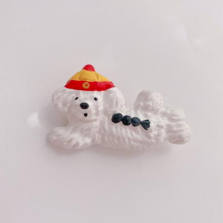 【eikobo】ブローチ・犬(帽子と三つ編み)