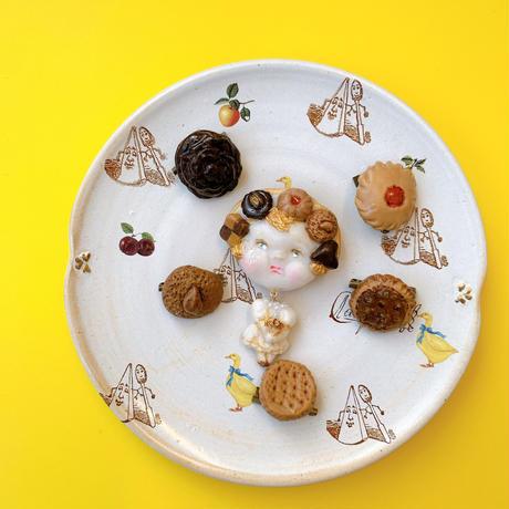 【ミッチのかけら】クッキー頭のぷっくりほっぺブローチ