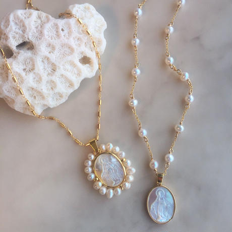White shell&pearl necklace