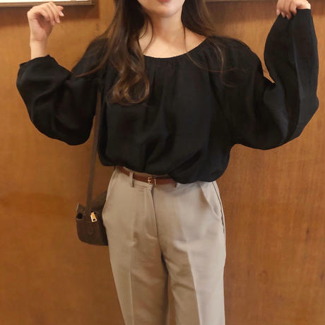 leah blouse / black