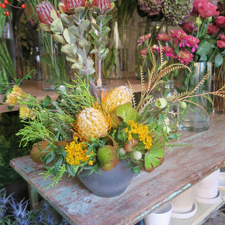 Seasonal arrangement / M-4