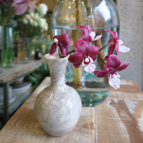 Antique flower vase  / GER-002
