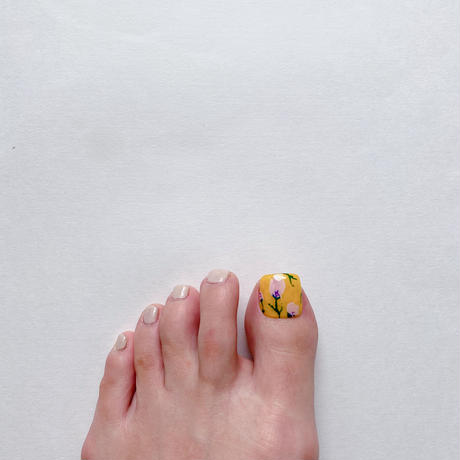 ONE DAY CHIP FOR FOOT/ ニュアンスフラワー[12 レトロイエロー]/きせかえ親指チップ [単品]