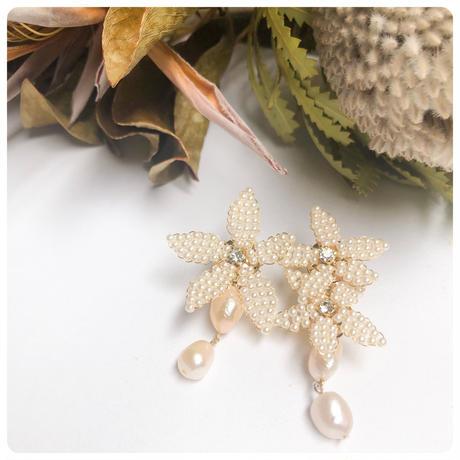 asymetry pearl flower pierce &earring