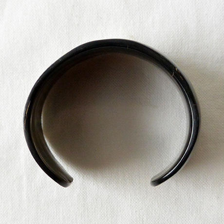 """""""African・Madagascar(マダガスカル) Hand Made"""" Cow's Horn Bangle -Black Marble- (AS-3A)"""