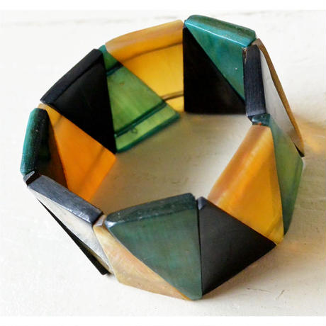 "【Africa・Madagascar/  hand made】 ""buffalo bone "" triangle bracelet -3 color / free size- (AS-B1)"