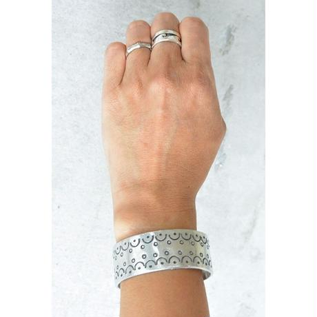 """""""African・Mali(マリ) Hand Made""""  Stamp work Bangle  -Silver-  (AS-5A)"""