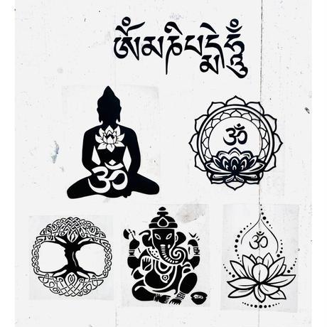"""om & lotus"" black sticker  -15 × 15cm- (ar215-16)"