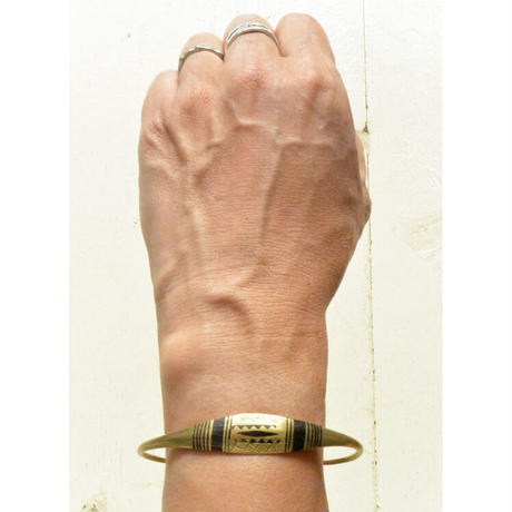 "【Restock !】""African・Touareg(トゥアレグ族) Hand Made"" Metal Bangle -gold- (AS-19C)"