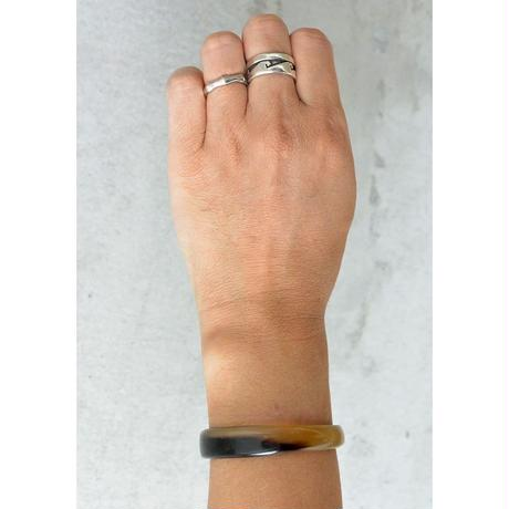 """""""African・Madagascar(マダガスカル) Hand Made"""" Cow's Horn Bangle -Black Marble- (AS-4B)"""