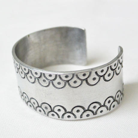 """African・Mali(マリ) Hand Made""  Stamp work Bangle  -Silver-  (AS-5B)"
