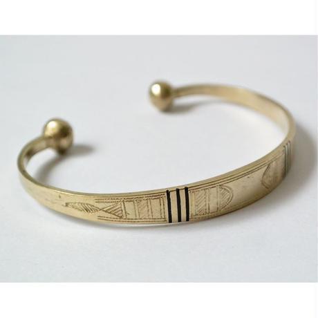 """African・Touareg(トゥアレグ族) Hand Made"" Metal Bangle Flat type -Silver- (AS-13-B)"