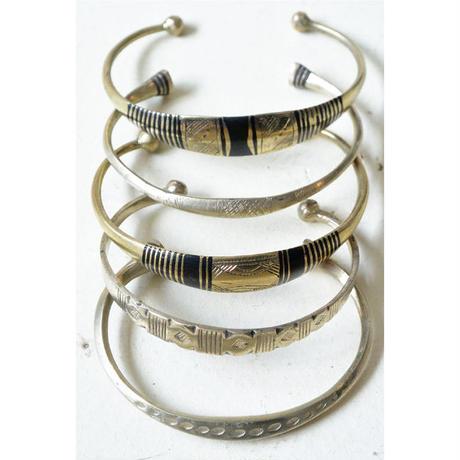 "【Restock !】""African・Touareg(トゥアレグ族) Hand Made"" Metal Bangle - Gold-   (AS-2B)"