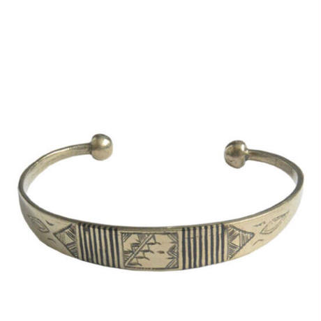 """【Restock !】""""African・Touareg(トゥアレグ族) Hand Made"""" Metal Bangle -silver- (AS-19I)"""