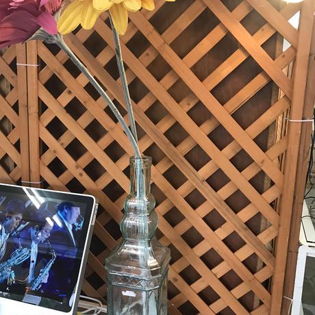 花瓶と造花セット!!