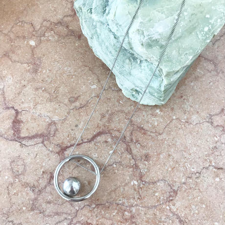 【RESTOCKED】bola circle necklace  (silver)