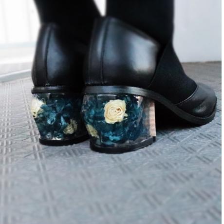鞘(saya) Black x 白い薔薇と紫陽花のヒール