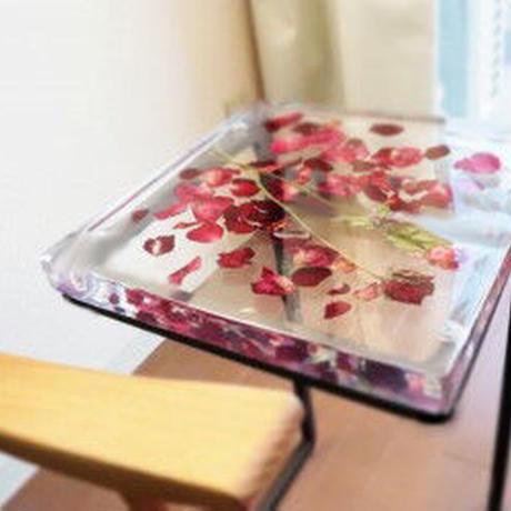 お花のサイドテーブル ベルベットローズ