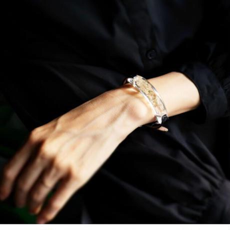 ブレスレット透明色の影(1.2cm幅) スターチス白 x Blackレザー