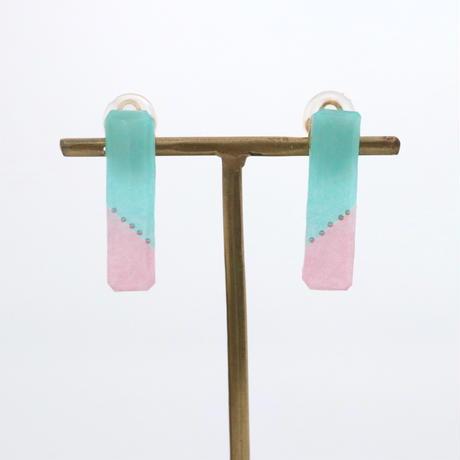 和紙のイヤリング/ピアス*ノンフレーム*四角/ターコイズブルー×ピンク
