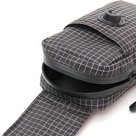 lid pouch (spectra black)