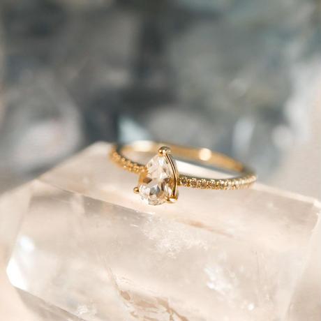 MUSE Ring -White Topaz- ペアシェイプ