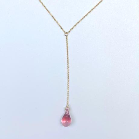 Amu necklace pink ruby
