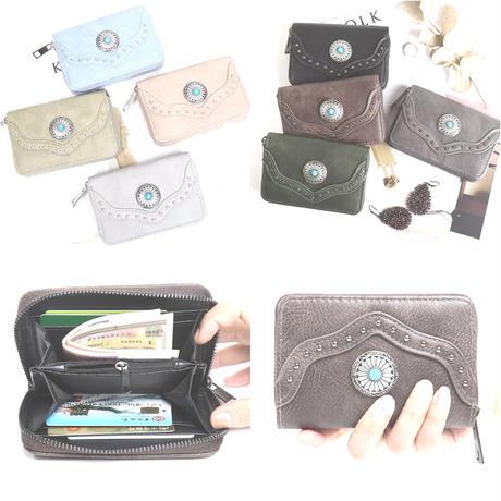 コンチョ付き財布