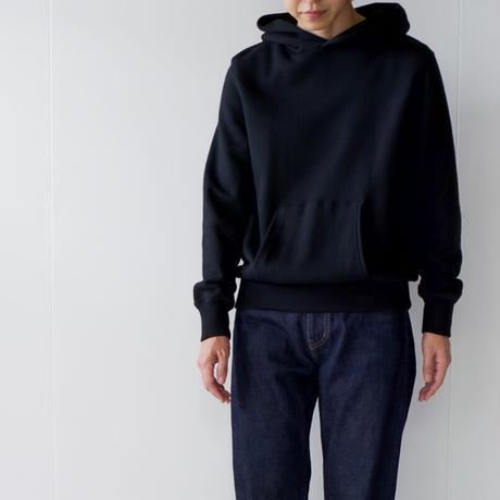 pullover hoodie sweatshirt/black
