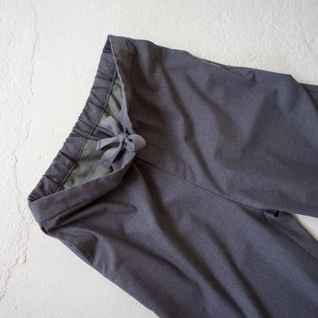 tr stretch pants/charcoal gray