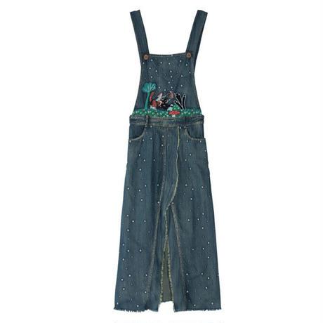 刺繍がかわいいスリットロング丈サロペットカットオフデニムスカート