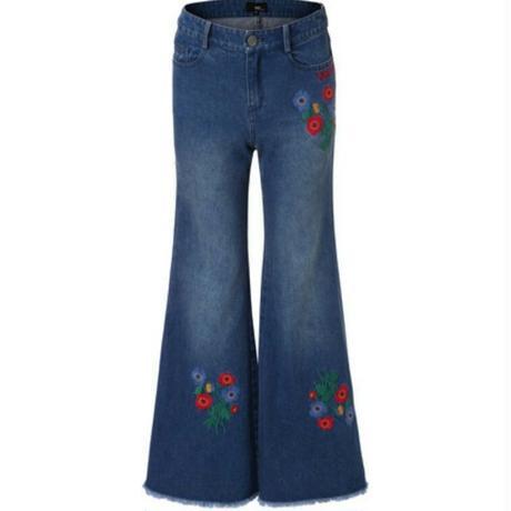 レトロ花柄刺繍フレアカットオフデニムジーンズ