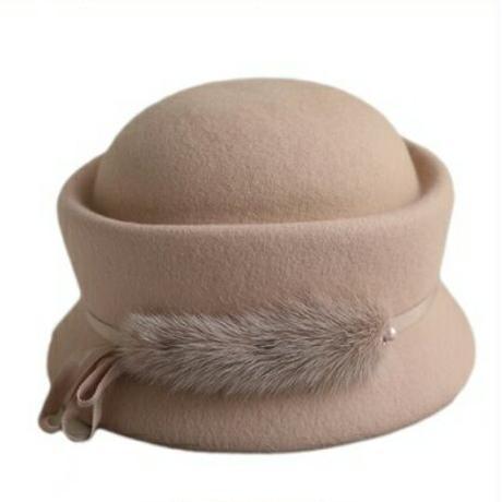 ポイントファーフォルムが立体的なウールフェルト帽子3色
